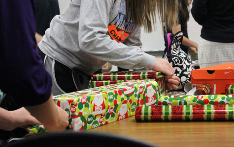 Vandegrift Gives Back