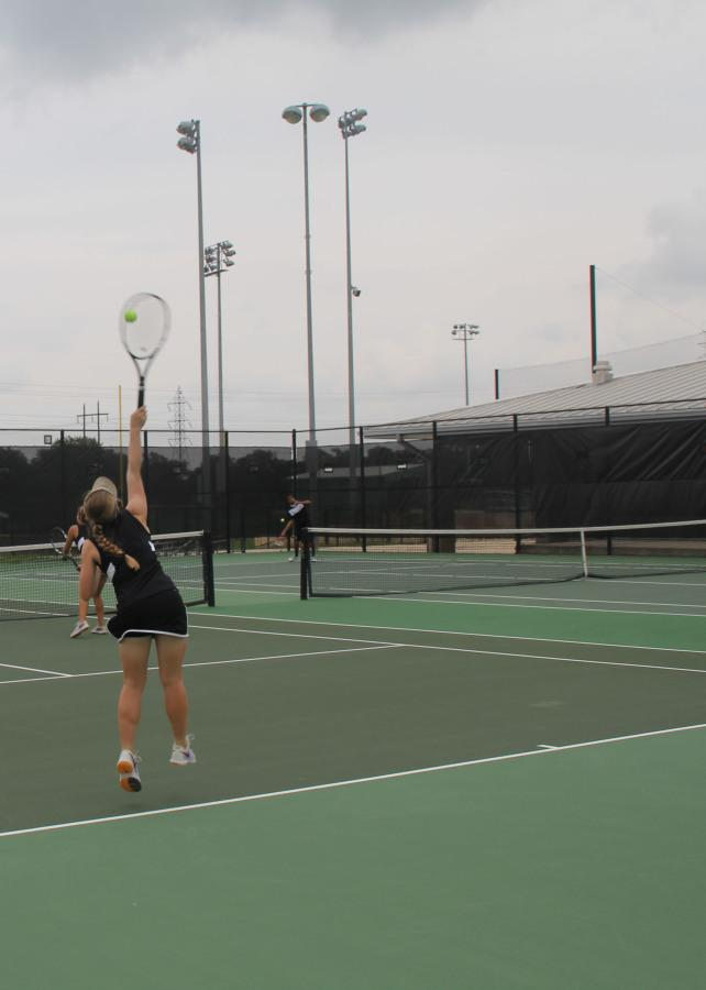 Kaley+Chase+and+Dani+Cuteri+play+doubles+game+against+Vista+Ridge.