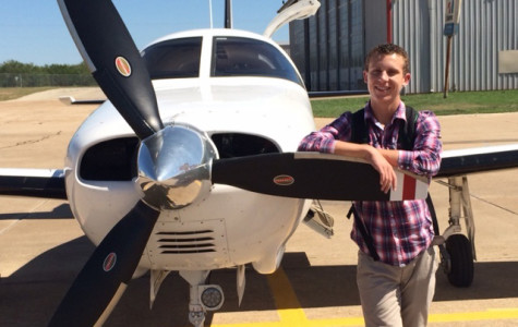 Student receives his pilots license