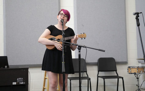 Junior Isabel Moring performs at Pop Unplugged.