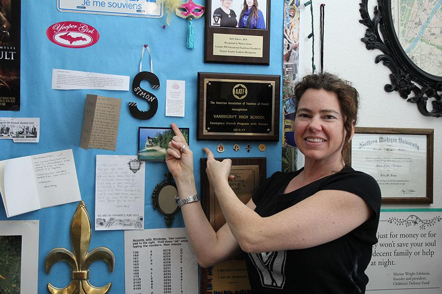 Kelly Simon points to her Gratitude message.- Caitlin McKeand