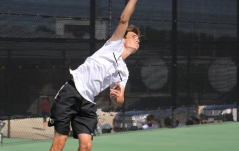 Varsity Tennis to Compete at State Meet