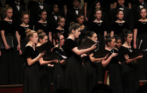Choir students sing at annual winter concert