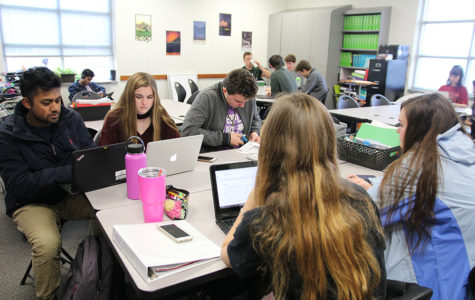 Students prepare for college with Capstone class