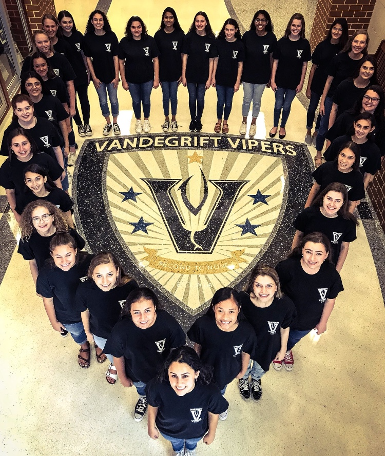The varsity women's choir is headed to Kansas City to preform at National ACDA this winter.