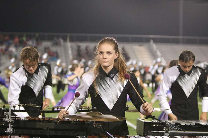 Senior+Jordan+Apra+plays+the+marimba+during+halftime