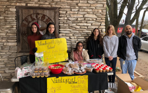 AVID club holds bake sale