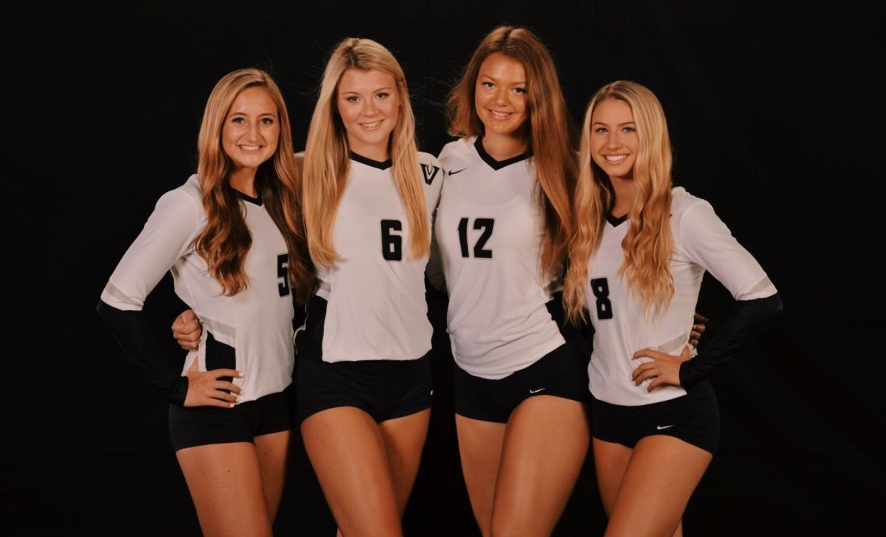 Captains Grace Rinn, Annie Stadthaus, Jules Mokry and Delaney Dilffer (left to right).