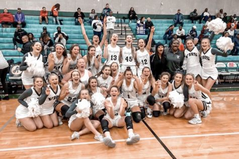 Girls varsity basketball to play in second round of playoffs